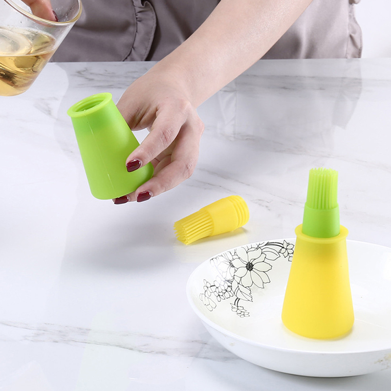 环保工厂直接供应带硅胶刷的便携式油瓶,用于烘焙糕点